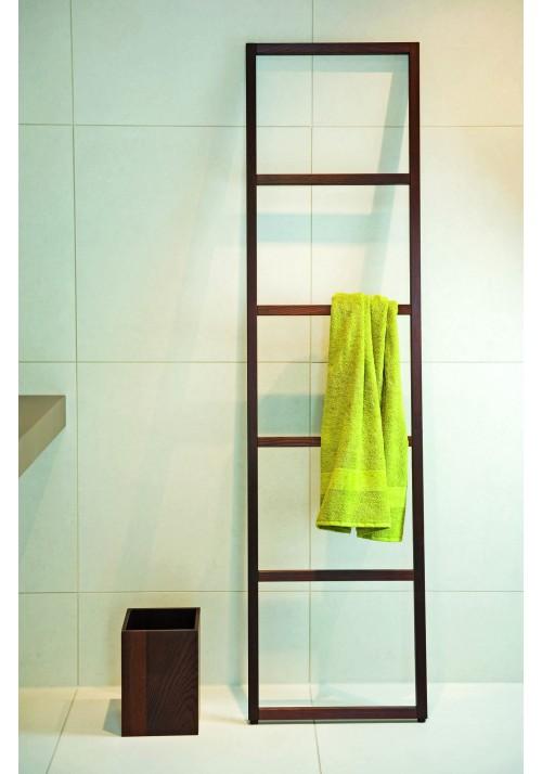 Dřevěný žebřík na ručníky WO HTLB HTLE